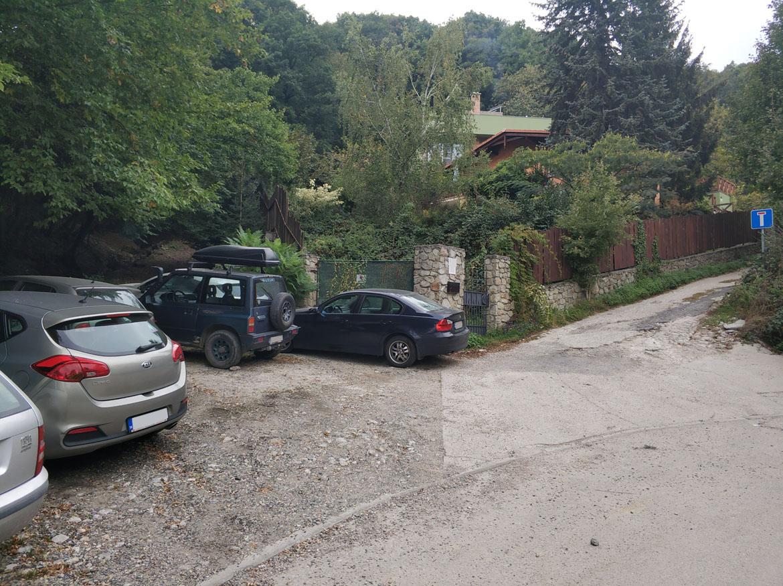 000-stojisko-oporny-mur-sliacska-bratislava-up
