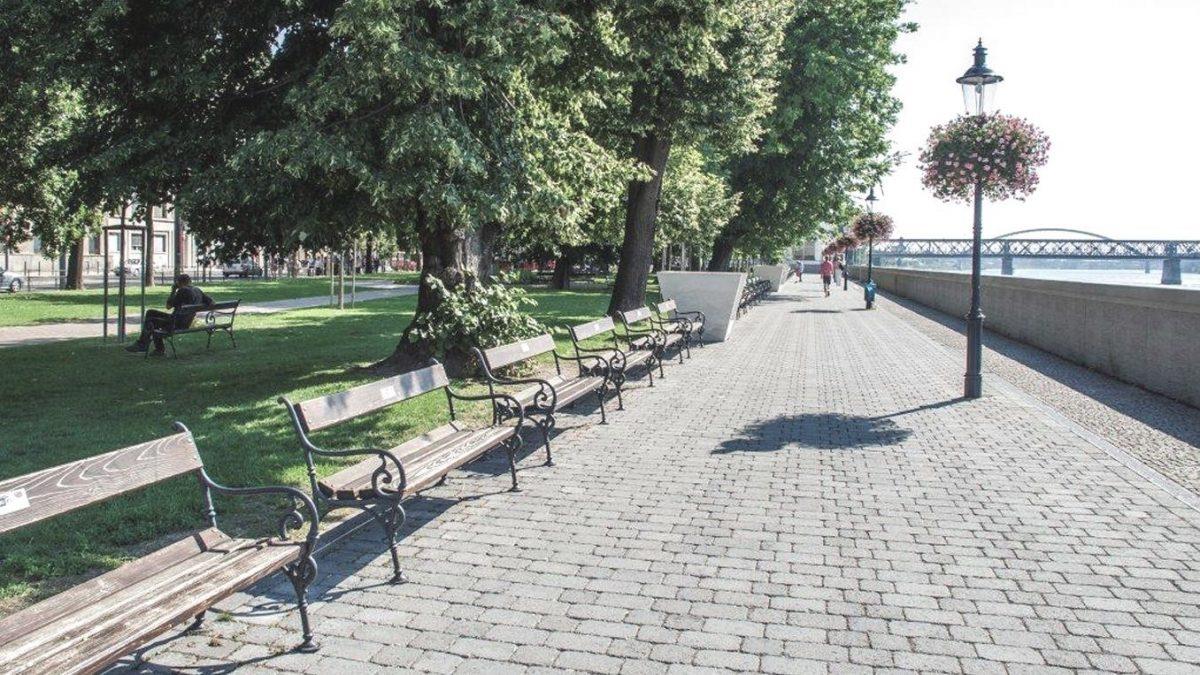 04-bratislavske-nabrezie-dplnene-zelenou