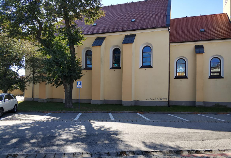 000-pristavba-kostol-lozorno-pavlech-architekti-povodny-stav