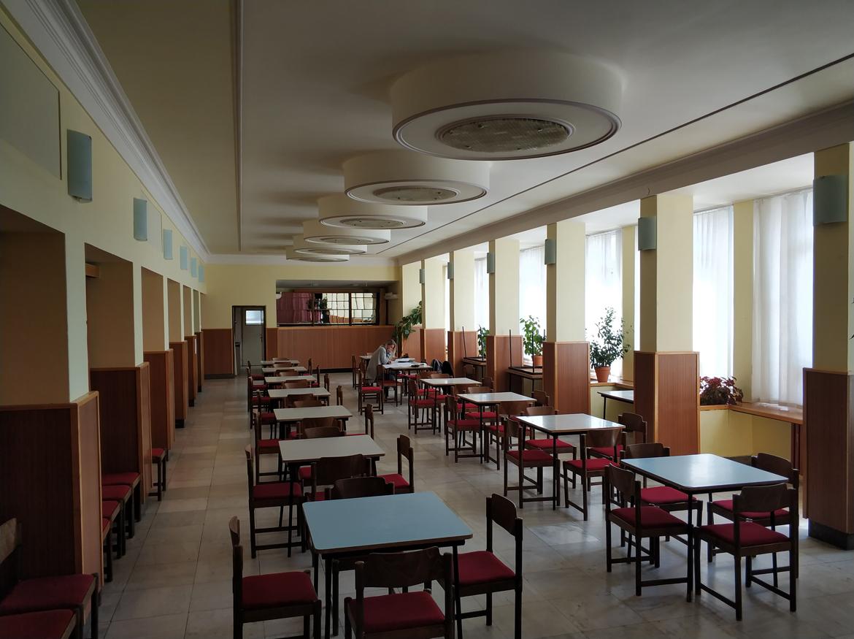 015-rekonstrukcia-priestorov-dk-javorina-stara-tura-pavlech-architekti-kaviaren