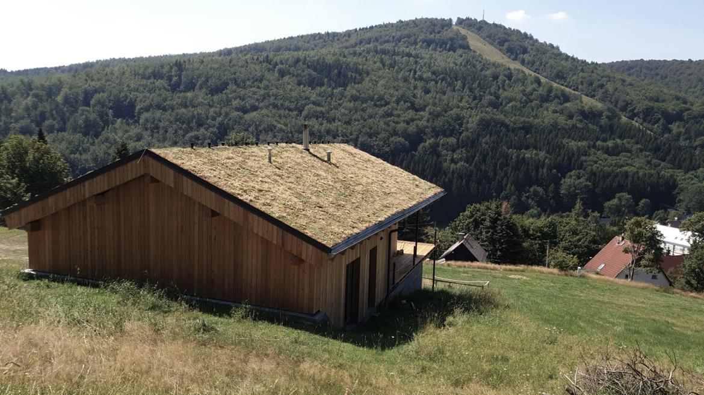 006-zelena-strecha-rodinny-dom